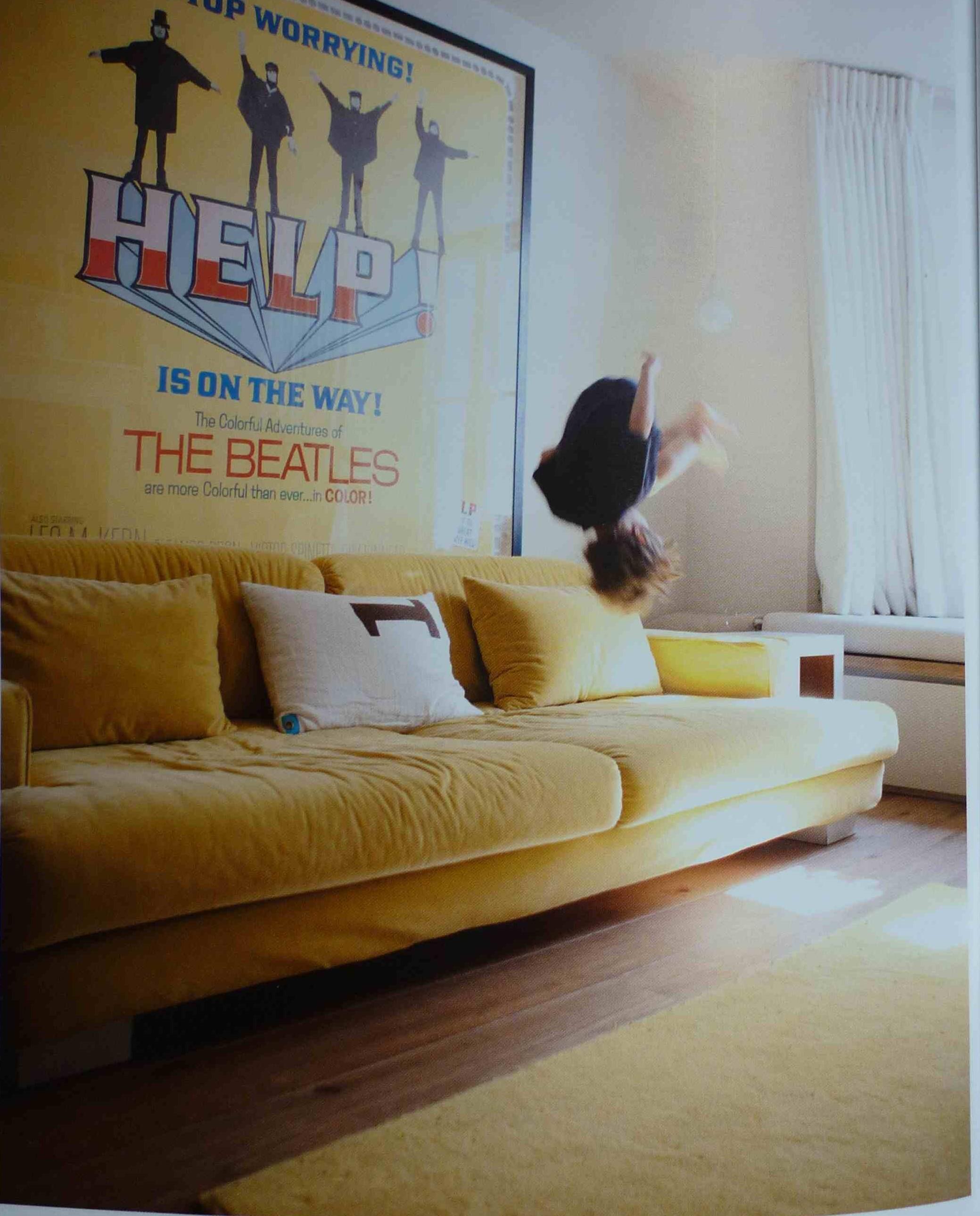 New Mustard Yellow Velvet Sofa | Ezhandui.com GT12